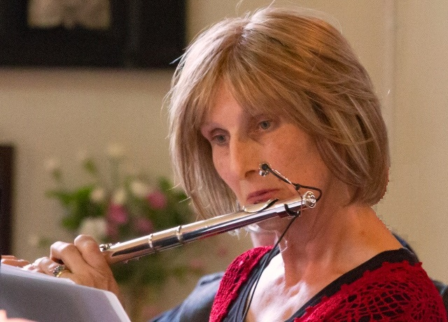 Julia Nicholas - Flute